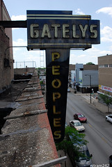 Gatelys Peoples Rooftop (nitram242) Tags: abandoned chicago gatelys fire demolition roseland store departmentstore