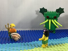 2019-175 - Seashells By The Seashore (Steve Schar) Tags: cthulhu water ocean sea trident seashell aquaman iphonexs iphone minifigure lego project365 sunprairie wisconsin 2019