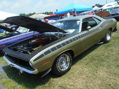 1970 Plymouth 'Cuda AAR (splattergraphics) Tags: 1970 plymouth cuda aar barracuda ebody mopar carshow carlisle carlisleallchryslernationals carlislepa