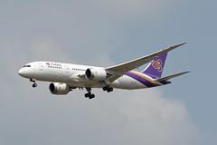 Thai Airways Boeing 787-8 Dreamliner HS-TQA Ongkharak องครักษ์ (EK056) Tags: thai airways boeing 7878 dreamliner hstqa ongkharak องครักษ์ bangkok suvarnabhumi airport