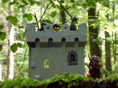 Tower in the Woods (captain_joe) Tags: toy spielzeug 365toyproject lego series14 minifigure minifig bigfoot tower castle burg turm wald wood