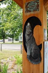 Picnic Shelter Carving (BunnyHugger) Tags: carving folkart gay keweenaw michigan park picnicshelter upperpeninsula wolf wood