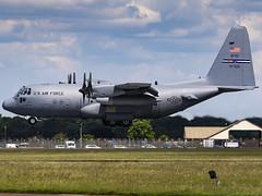 United States Air Force | Lockheed Martin C-130H Hercules | 94-7320 (MTV Aviation Photography) Tags: united states air force lockheed martin c130h hercules 947320 unitedstatesairforce lockheedmartinc130hhercules potus donaldtrump rafmildenhall mildenhall egun canon canon7d canon7dmkii