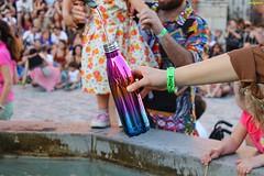 sete (archgionni) Tags: sete thirst acqua water fontana fountain gente people festa party artisti artists colori colors romagna italy artistiinpiazza totalphoto