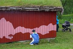 Sjå eit WOW-veggmåleri bli til i Perspektivet Museums Folkeparken!