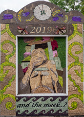 Youlgreave Holy Well 2019 (little mester.) Tags: derbyshire derbyshirepeakdistrict welldressing welldressing2019 youlgreave well tradition wildflowers