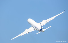 Airbus A350-1000 (Moments de Capture) Tags: airbus a3501000 a350 350