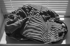 fossil (kaumpphoto) Tags: mamiya nc1000s shadow stripe parallel kodak tmax 3200 jeans pants blind pocket stitching fabric denim textile buckle fossil belt rivet