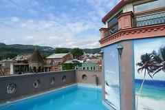 P1010148 (Бесплатный фотобанк) Tags: грузия тбилиси лето отель гостиница бассейн