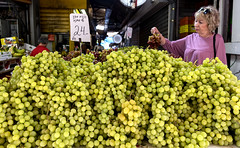 A mountain of sweet grapes (Poupetta) Tags: carmelmarket tlv grapes
