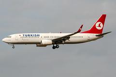 TC-JFT (PlanePixNase) Tags: aircraft airport planespotting bru ebbr brussels brüssel bruxelles zaventem turkish turkishairlines boeing b738 737 737800
