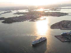 Flight over Helsinki | Tallink (Toni Kaarttinen) Tags: flight flying helsinki aviation eurostar airplane finlàndia finnland finnlando finlandia finlande finnország フィンランド finlândia finlanda финляндия suomi helsingfors ship archipelago island islands aerial aerialphotography