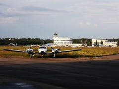 Malmi Airport (Toni Kaarttinen) Tags: flight flying helsinki aviation eurostar airplane finlàndia finnland finnlando finlandia finlande finnország フィンランド finlândia finlanda финляндия suomi helsingfors malmi airport