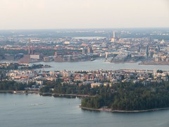 Flight over Helsinki | Lauttasaari (Toni Kaarttinen) Tags: flight flying helsinki aviation eurostar airplane finlàndia finnland finnlando finlandia finlande finnország フィンランド finlândia finlanda финляндия suomi helsingfors archipelago aerial aerialphotography