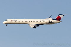 N935XJ Delta Connection CRJ-900 New York LaGuardia (Vanquish-Photography) Tags: klga lga laguardiaairport newyorklaguardiaairport laguardia airport new york vanquish photography vanquishphotography ryan taylor ryantaylor aviation railway canon eos 7d 6d 80d aeroplane train spotting n935xj delta connection crj900