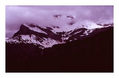 * (Daniel Espinoza) Tags: mountains alps film schweiz switzerland suisse 35mmfilm transparency nikonfe analogphotography analogica diapositive filmphotography fujivelvia100 danielespinoza