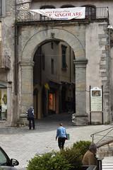 Stadttor (grasso.gino) Tags: italien italy italia toskana toscana tuscany castelnuovo nikon d7200 garfagnana stadttor tor doorway
