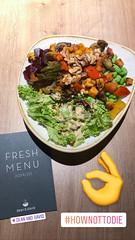 4939585E-200C-42D4-A19E-A2D9149B0E81.jpg (verchmarco) Tags: köln nordrheinwestfalen deutschland dinner abendessen lunch mittagessen noperson keineperson health gesundheit food lebensmittel delicious köstlich nutrition ernährung lettuce grünersalat cooking kochen ingredients zutaten vegetable gemüse salad salat leaf blatt plate teller garlic knoblauch meal mahlzeit parsley petersilie traditional traditionell pepper pfeffer ready bereit2019 2020 2021 2022 2023 2024 2025 2026 2027 2028 2029 2030 españa coth5 colours child eos bench cielo nikkor windows cold