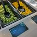Brokkoli als Rohkost-Snack und aufgetauter Mais