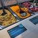 Picadeli Salatbar mit verschiedenen Zutaten wie Couscous Tabbouleh, Indischem Möhren-Linsen-Salat oder Rote-Beete-Salat