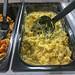 Cremiger Nudelsalat mit Curry, Mayonnaise, Kurkuma-Gewürz, Fenchel, Cayennepfeffer und Kreuzkümmel, von der kultigen High-Tech-Salatbar PicaDeli