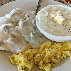 When in Florida, do as Florida do #biscuitsandsausagegravy #grits #southernbreakfast #yum #waytoomuchfoodforme #eggs #stuffed #unhealthy #donotcareonvacation (Sivyaleah (Elora)) Tags: grits florida food breakfast sausage biscuits gravy vacation sanibel island jerrys