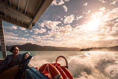 happy wife happy life? (Rafael Zenon Wagner) Tags: australien korallenmeer paradies sonne sonnenuntergang ozean spiegelung paradise sun sunset licht light australia queensland insel coralsea longisland whitsundayislands nikon d810 laowa12mmf28zerod 12mm boot boat