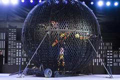 EAC_0739r (crobart) Tags: globe death motorcycles ultimate thrills circus canadas wonderland cedar fair amusement theme park