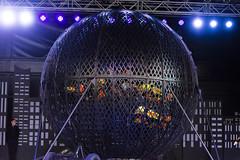 DAO_3721r (crobart) Tags: globe death motorcycles ultimate thrills circus canadas wonderland cedar fair amusement theme park