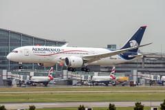 N965AM (hartlandmartin) Tags: n965am aeromexico boeing 787800 heathrow lhr egll aircraft airport airline aeroplane aviation landing plane nikon d7200 70300afp