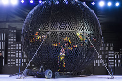 EAC_0745r (crobart) Tags: globe death motorcycles ultimate thrills circus canadas wonderland cedar fair amusement theme park