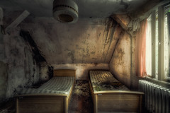 room for two (black#light) Tags: abandoned decay derelict rotten forgotten verlassen verfallen vergessen verfall lost lostplace urbex urbanexploration urban hdr atmosphere atmosphäre bett bed bedroom schlafzimmer fenster window lampe lamp sanatorium hospital mood moody roomfortwo
