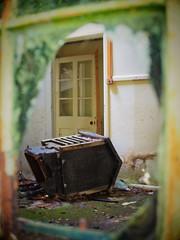 (a.pierre4840) Tags: olympus omd em10 micro43 cmount schneider kreuznach xenon 25mm f095 framed abandoned derelict decay ruined window broken dof depthoffield artfilter luminar3 fotor