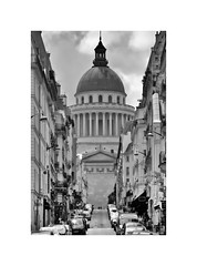 Panthéon (CJS*64) Tags: paris france cjs64 craigsunter cjs europe european travel travelling tourists blackwhite bw blackandwhite whiteblack whiteandblack mono monochrome nikon d7000 nikkor nikond7000