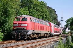 P1860633 (Lumixfan68) Tags: eisenbahn züge loks baureihe 218 dieselloks deutsche bahn db regio doppelstockzüge