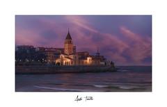 _ATP5263 (anahí tomillo) Tags: nikond7500 sigma1750f28 atardecer sunset ciudades city cielo sky mar beach asturias gijón explorer