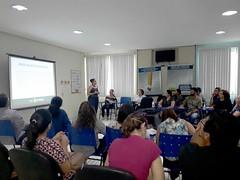 25-06-19 Profissionais de saúde participam de oficina sobre o uso de plantas medicinais.