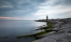 Zuidpier IJmuiden (Ducodaily) Tags: ijmuiden noordholland nederland netherlands pier rocks ndfilter sky clouds water bakens lightbeacon watchtower air silt fresh landscape d500 manfrotto tamron