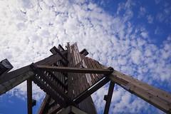 Looking up (baseman88) Tags: cuxhaven duhnen germany gegenlicht himmel blau holz wahrzeichen schifffahrt nordsee northsea hafen architektur fujifilm xt100