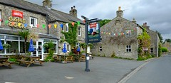 Welcome to Yorkshire (Austwick) (Adam Swaine) Tags: inns villageinns englishinns pubs yorkshire northyorkshire rural ruralvillages england english englishvillages britain british uk ukvillages ukcounties counties countryside cottage cottages 2019 austwick