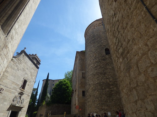 Església de Sant Lluc and Portal de Sobreportes - Pujada Sant Feliu, Girona