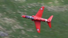 060618_Bwlch_Reds_03 (andys1616) Tags: thebwlch bwlchoerddrws dinasvalley machloop lfa7 gwynedd wales june 2018 redarrows raf royalairforce baesystems hawk t1