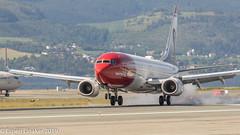 EI-FVZ Norwegian Air International Boeing 737-8JP(WL) (Otertryne2010) Tags: 2019 2k19 boeing enva norge norway trd trondheim værnes norwegian air international 7378jpwl smoke rubber burning