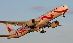 B-2006 - Boeing 777-39LER - LHR (Seán Noel O'Connell) Tags: airchina b2006 boeing 77739ler b777 b77w 777 heathrowairport heathrow lhr egll pek zbaa 27r lovechina ca938 cca938 aviation avgeek aviationphotography planespotting