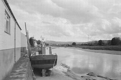 Down the Nith (bigalid) Tags: film 35mm minolta f25 ilford xp2 bw may 2019 dumfries c41 plastic fixedfocus kingholm boat river nith