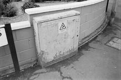 Dangerous Box (bigalid) Tags: film 35mm minolta f25 ilford xp2 bw may 2019 dumfries c41 plastic fixedfocus sign