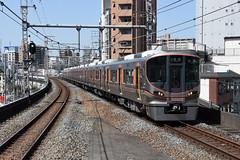 xxx 45 JR-West 323-3 (LS03), Fukushima (Osaka Loop Line) (Howard_Pulling) Tags: 323 class323 323series emu osaka osakaloop japan kansai rail railway zug bahn bahnhof gare station