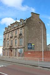 IMG_2925 (Daniel Muirhead) Tags: scotland dundee dock street maritime house