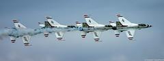 Chain Smoking (Robert Streithorst) Tags: airforce airplane daytonairshow2019 f16 fighter jet military robertstreithorst thunderbirds usaf aircraft