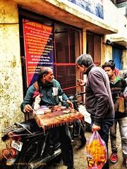 Once Again Vrindavan: UP Wala Paan (Samanvay15) Tags: vrindavan india travel streetphotography travelphotography